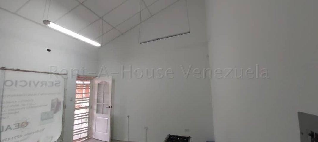 Local Comercial Lara>Cabudare>Centro - Alquiler:145 Precio Referencial - codigo: 21-22587