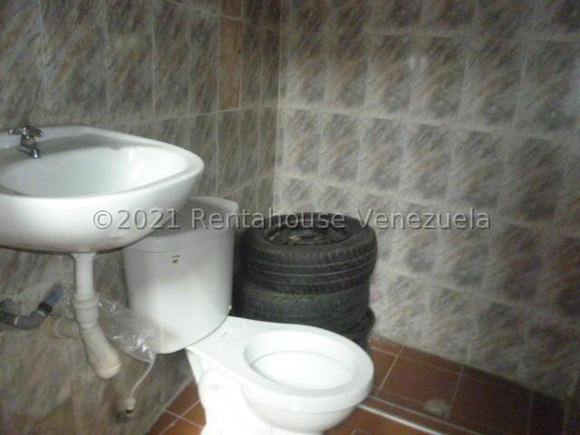Casa Lara>Barquisimeto>Parroquia Concepcion - Venta:85.000 Precio Referencial - codigo: 21-22592