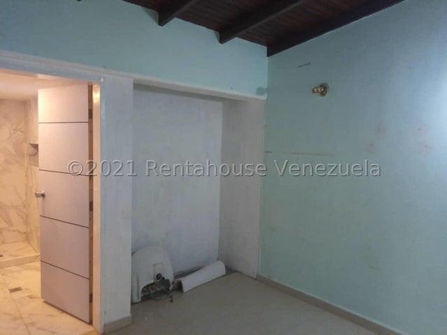 Casa Lara>Cabudare>Parroquia Cabudare - Venta:37.000 Precio Referencial - codigo: 21-9589