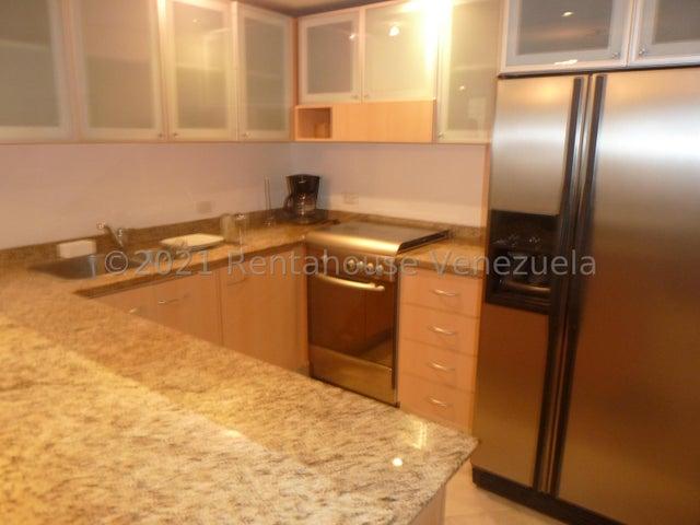 Apartamento Distrito Metropolitano>Caracas>El Rosal - Alquiler:550 Precio Referencial - codigo: 21-22600