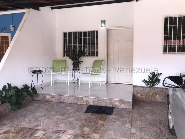 Casa Carabobo>Municipio San Diego>Lomas de la Hacienda - Venta:19.000 Precio Referencial - codigo: 21-22613