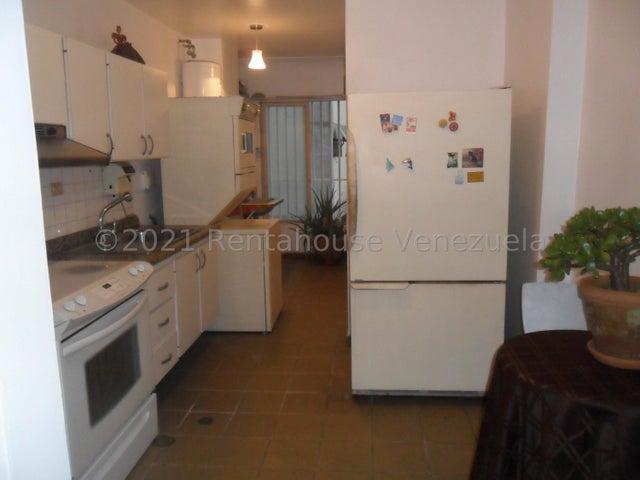 Apartamento Distrito Metropolitano>Caracas>La Boyera - Venta:55.000 Precio Referencial - codigo: 21-22621