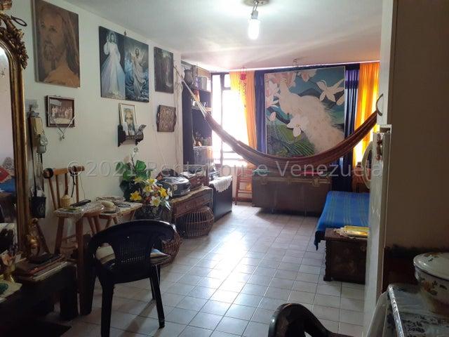 Apartamento Distrito Metropolitano>Caracas>Sabana Grande - Venta:20.000 Precio Referencial - codigo: 21-22794