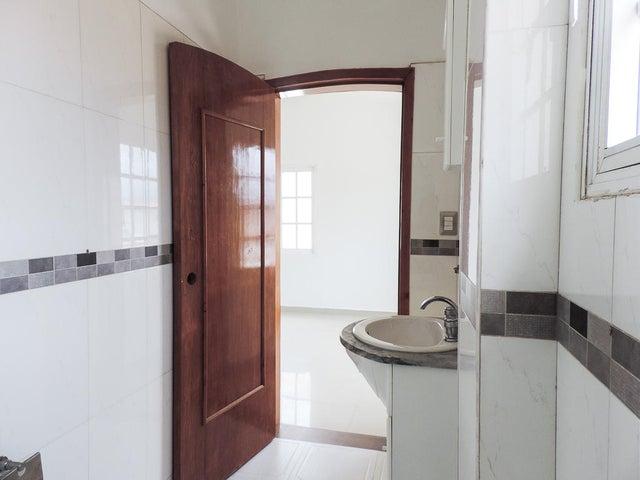 Casa Miranda>Carrizal>Colinas de Carrizal - Venta:258.000 Precio Referencial - codigo: 21-22624
