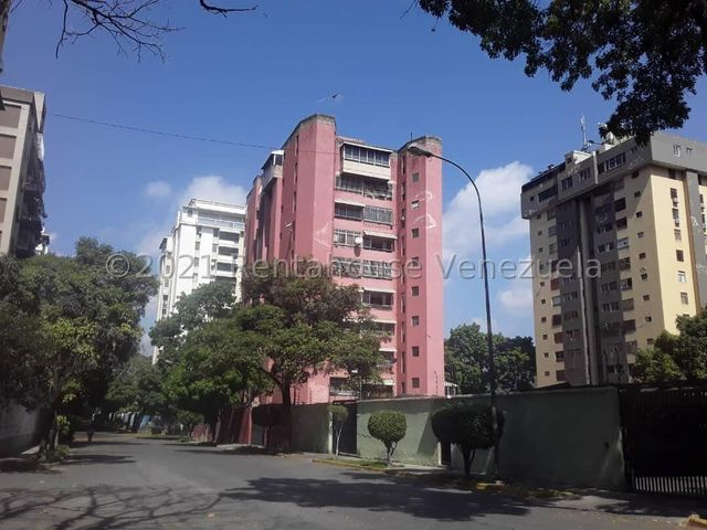 Apartamento Distrito Metropolitano>Caracas>Montalban II - Venta:38.000 Precio Referencial - codigo: 21-19230