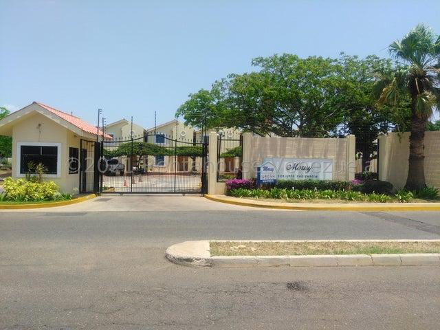 Townhouse Zulia>Maracaibo>Avenida Milagro Norte - Venta:24.000 Precio Referencial - codigo: 21-22631