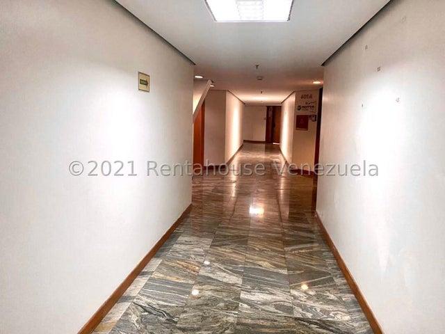 Oficina Distrito Metropolitano>Caracas>Chuao - Alquiler:1.200 Precio Referencial - codigo: 21-22637