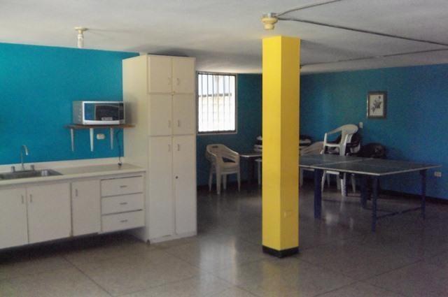 Galpon - Deposito Lara>Barquisimeto>Parroquia Union - Alquiler:1.200 Precio Referencial - codigo: 21-22642