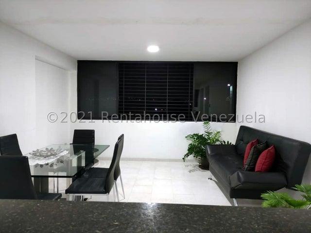 Apartamento Carabobo>Municipio Naguanagua>La Campina II - Venta:16.500 Precio Referencial - codigo: 21-22646