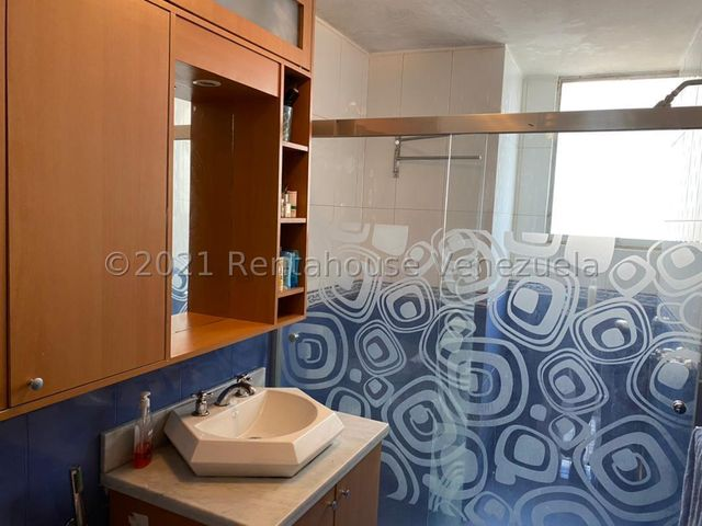 Apartamento Distrito Metropolitano>Caracas>El Marques - Venta:49.000 Precio Referencial - codigo: 21-22760