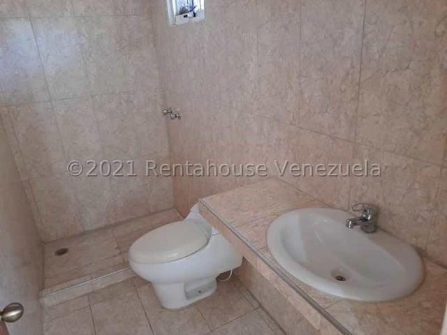 Local Comercial Carabobo>Valencia>Camoruco - Alquiler:250 Precio Referencial - codigo: 21-22953