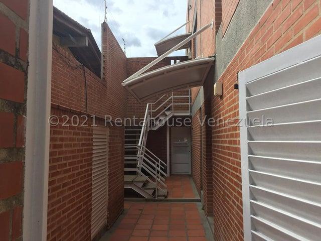 Casa Distrito Metropolitano>Caracas>San Luis - Venta:480.000 Precio Referencial - codigo: 21-22946