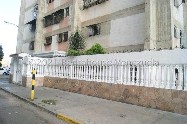 Apartamento Distrito Metropolitano>Caracas>Caricuao - Venta:18.000 Precio Referencial - codigo: 21-22916