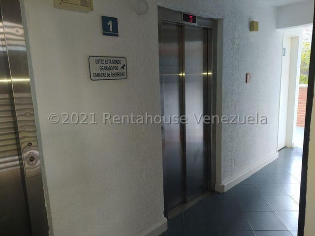 Apartamento Distrito Metropolitano>Caracas>El Encantado - Venta:45.000 Precio Referencial - codigo: 21-22931