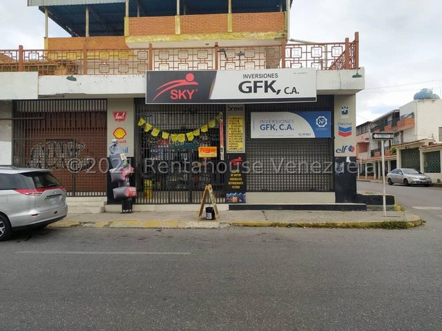 Negocios y Empresas Lara>Barquisimeto>Centro - Venta:15.000 Precio Referencial - codigo: 21-23048
