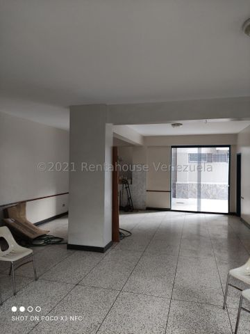 Apartamento Distrito Metropolitano>Caracas>El Marques - Venta:42.000 Precio Referencial - codigo: 21-23271