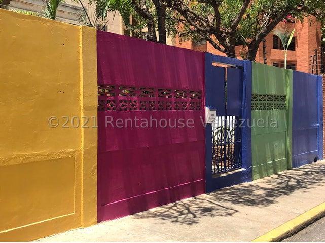 Casa Zulia>Maracaibo>La Lago - Venta:50.000 Precio Referencial - codigo: 21-23296
