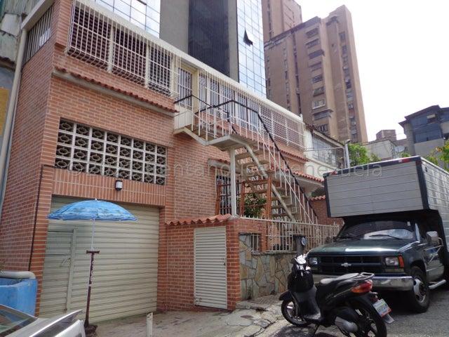 Casa Distrito Metropolitano>Caracas>Boleita Sur - Venta:200.000 Precio Referencial - codigo: 21-23588
