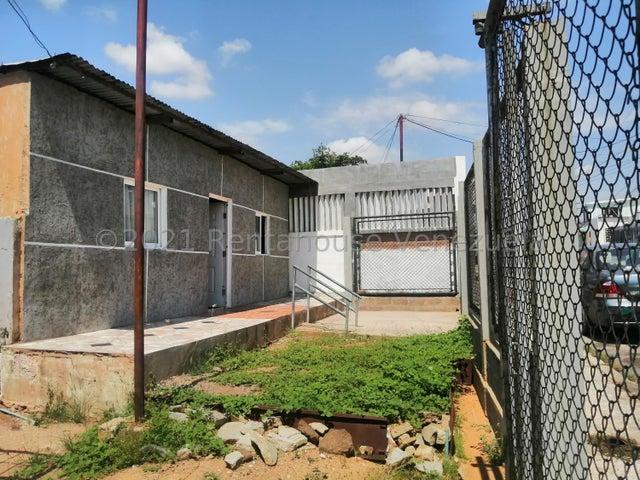 Casa Zulia>Maracaibo>Centro - Venta:4.000 Precio Referencial - codigo: 21-23582