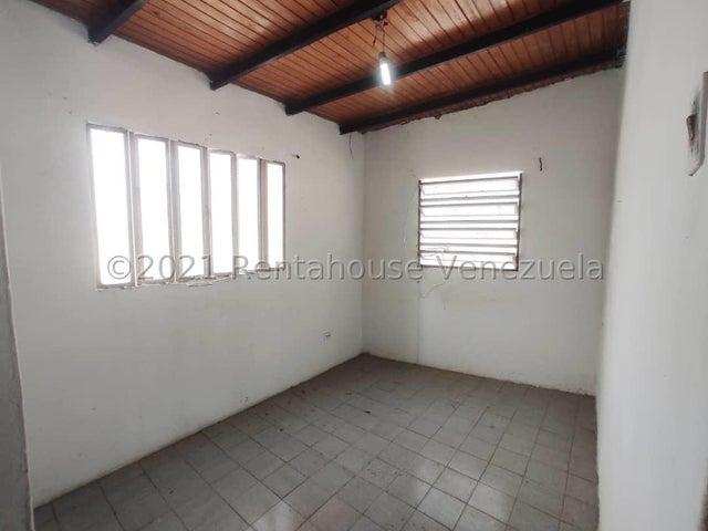 Casa Lara>Cabudare>Parroquia Cabudare - Venta:6.500 Precio Referencial - codigo: 21-23543