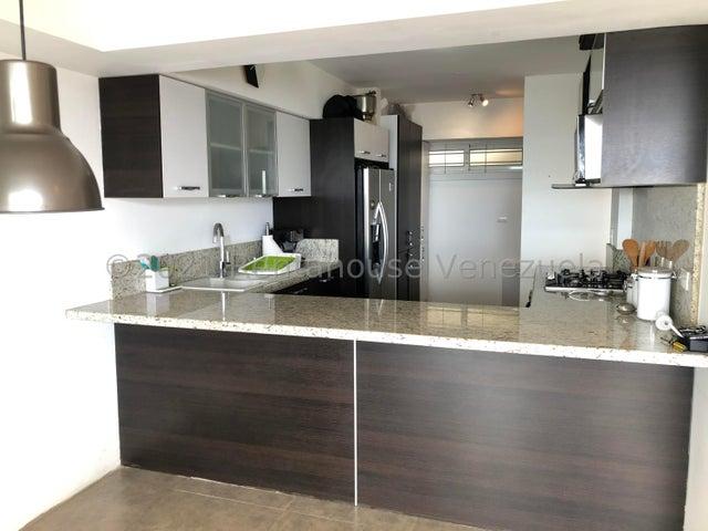 Apartamento Distrito Metropolitano>Caracas>Alto Hatillo - Venta:155.000 Precio Referencial - codigo: 21-23802
