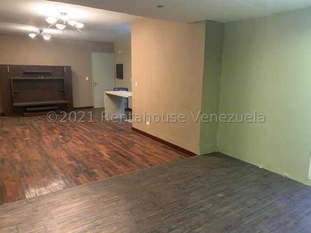 Apartamento Distrito Metropolitano>Caracas>Lomas del Sol - Venta:135.000 Precio Referencial - codigo: 21-24094
