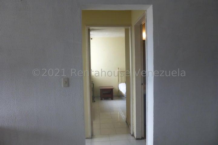 Apartamento Distrito Metropolitano>Caracas>Bello Monte - Venta:28.000 Precio Referencial - codigo: 21-23806