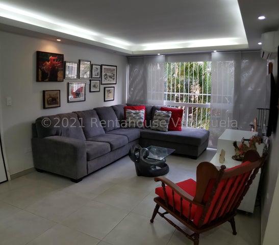 Apartamento Distrito Metropolitano>Caracas>Los Palos Grandes - Venta:130.000 Precio Referencial - codigo: 21-24065