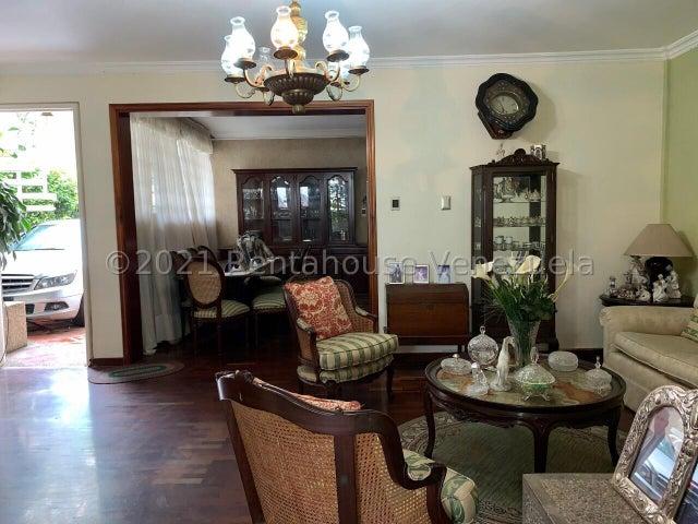 Casa Distrito Metropolitano>Caracas>San Roman - Venta:260.000 Precio Referencial - codigo: 21-24607