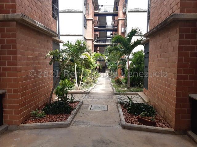 Apartamento Miranda>Guarenas>Camino Real - Venta:11.500 Precio Referencial - codigo: 21-24194