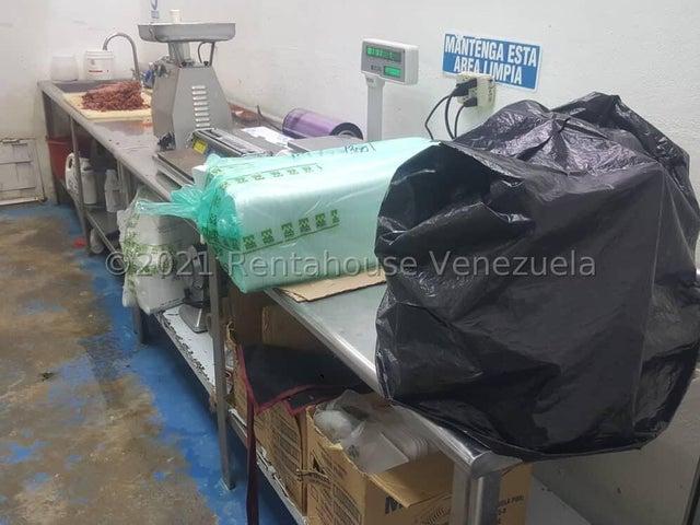Negocios y Empresas Lara>Barquisimeto>Del Este - Venta:280.000 Precio Referencial - codigo: 21-24576