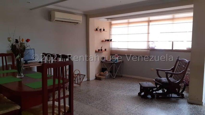 Apartamento Zulia>Maracaibo>Cumbres de Maracaibo - Venta:8.500 Precio Referencial - codigo: 21-24447