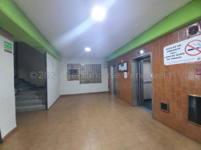 Oficina Lara>Barquisimeto>Centro - Alquiler:150 Precio Referencial - codigo: 21-24830