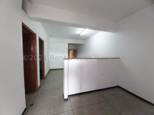 Local Comercial Lara>Barquisimeto>Centro - Venta:20.000 Precio Referencial - codigo: 21-24834