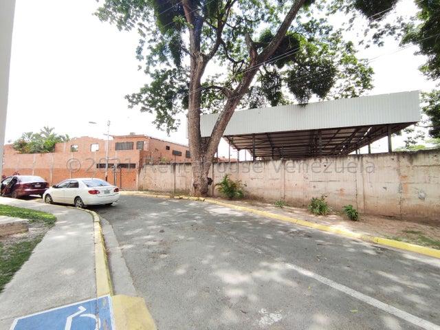 Apartamento Aragua>Turmero>Conjunto Residencial Los Angeles - Venta:12.900 Precio Referencial - codigo: 21-24679