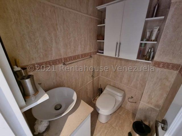 Apartamento Vargas>Parroquia Caraballeda>Caribe - Venta:76.000 Precio Referencial - codigo: 21-24743