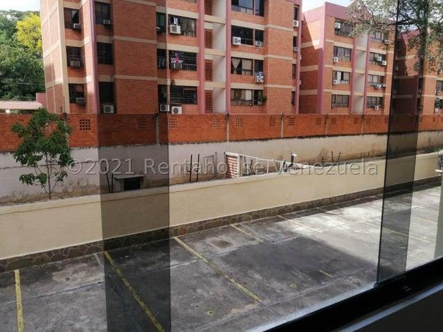 Apartamento Carabobo>Municipio Naguanagua>Tazajal - Venta:24.000 Precio Referencial - codigo: 21-24821