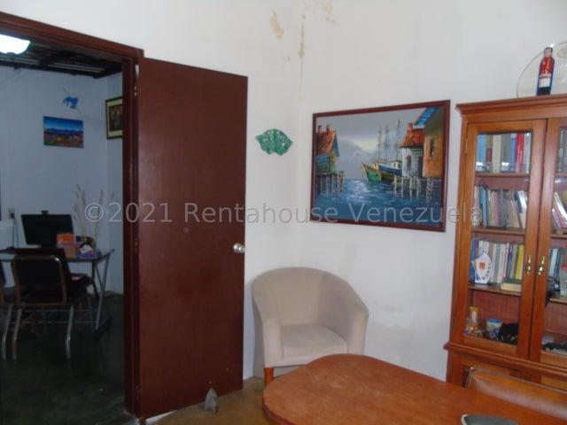 Casa Merida>Merida>Avenida 8 - Venta:48.000 Precio Referencial - codigo: 21-24896