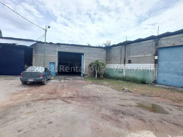 Local Comercial Lara>Barquisimeto>Parroquia Juan de Villegas - Venta:50.000 Precio Referencial - codigo: 21-24988