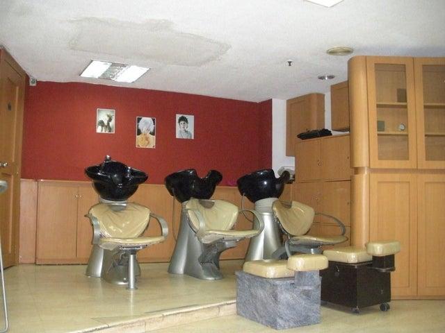 Local Comercial Distrito Metropolitano>Caracas>El Paraiso - Venta:180.000 Precio Referencial - codigo: 21-25061