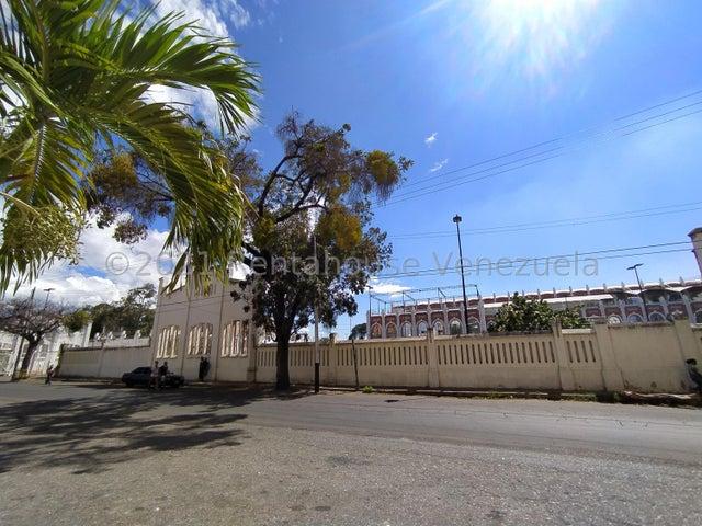 Apartamento Aragua>Maracay>Zona Centro - Venta:15.700 Precio Referencial - codigo: 21-25244
