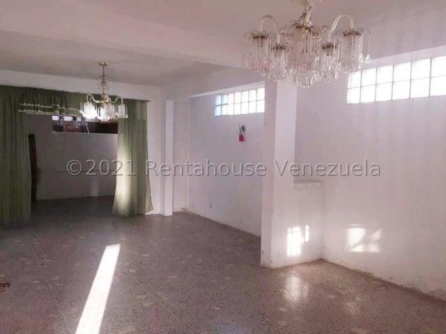 Casa Zulia>Maracaibo>Avenida Universidad - Venta:35.000 Precio Referencial - codigo: 21-25119