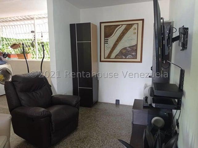 Apartamento Carabobo>Valencia>La Isabelica - Venta:11.000 Precio Referencial - codigo: 21-25218