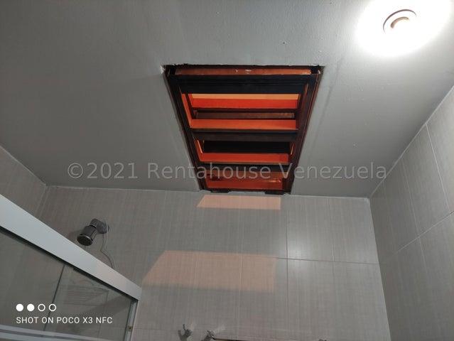 Casa Miranda>Guatire>El Castillejo - Venta:157.500 Precio Referencial - codigo: 21-25265