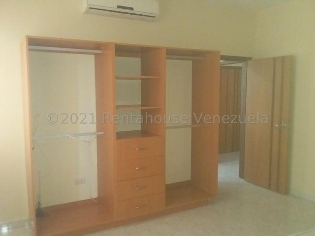 Apartamento Lara>Barquisimeto>Del Este - Venta:73.000 Precio Referencial - codigo: 21-25315