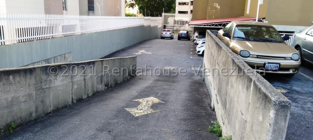 Apartamento Distrito Metropolitano>Caracas>La Urbina - Venta:65.000 Precio Referencial - codigo: 21-25230