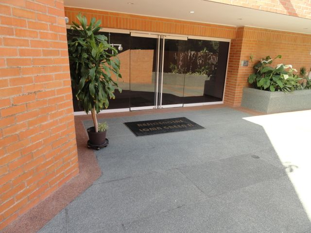 Apartamento Distrito Metropolitano>Caracas>Lomas del Sol - Venta:255.000 Precio Referencial - codigo: 21-25212