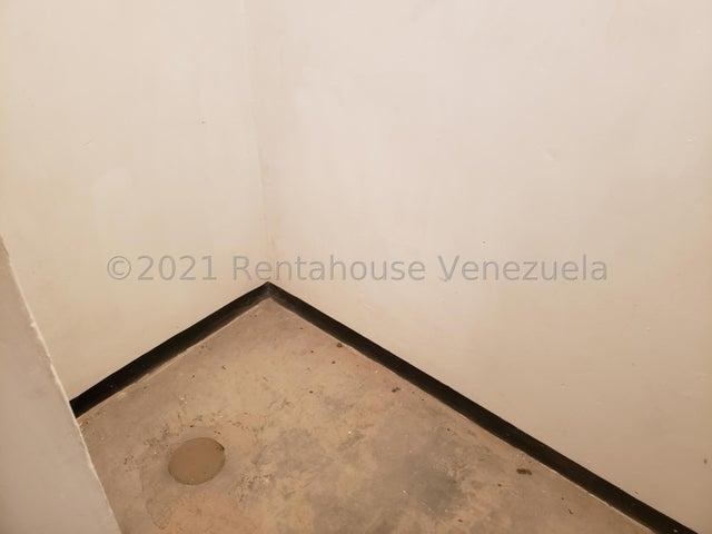 Apartamento Aragua>Cagua>Santa Rosalia - Venta:14.000 Precio Referencial - codigo: 21-25243