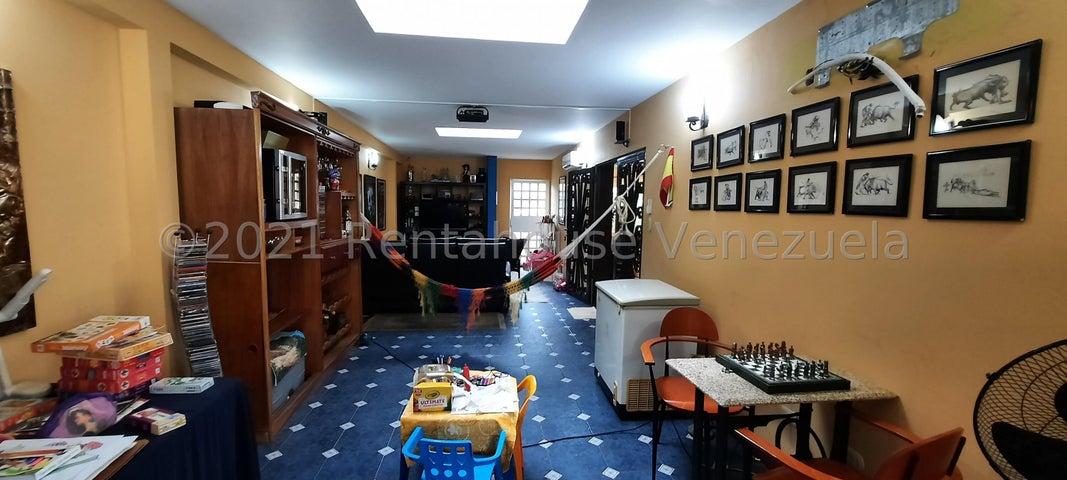 Casa Bolivar>Puerto Ordaz>Villa Granada - Venta:200.000 Precio Referencial - codigo: 21-25256