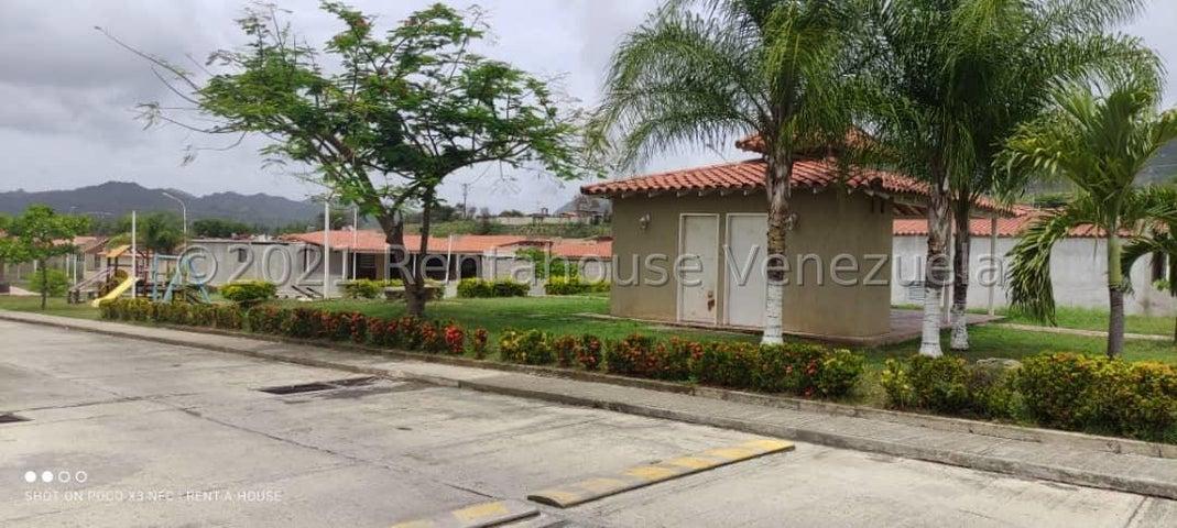 Casa Miranda>Guatire>El Marques - Venta:34.500 Precio Referencial - codigo: 21-25260